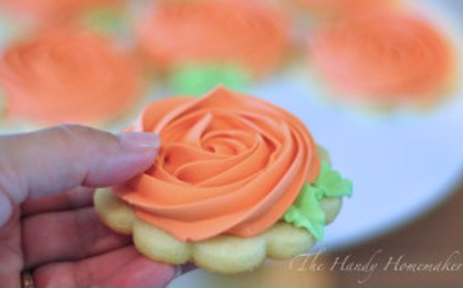 Rosette Cookies with Royal Icing 2